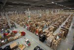 inside-amazons-chaotic-storage-warehouses-3